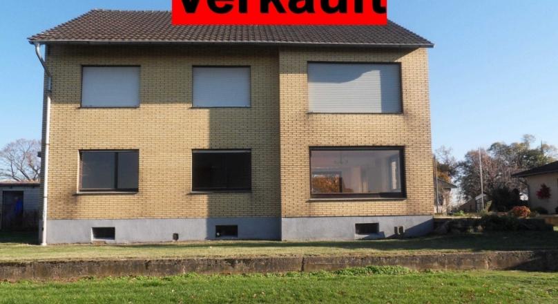 Großes freistehendes Wohnhaus mit 2 Wohneinheiten in Titz-Müntz
